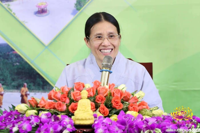 Chân dung nữ phật tử Phạm Thị Yến với lời giải thích về cái chết của nữ sinh ship gà gây xôn xao