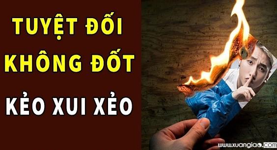 Không nên đốt đồ