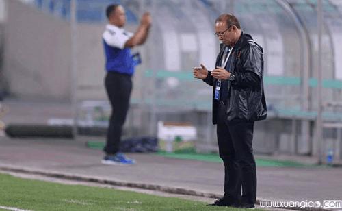 Thầy Park được chờ đợi tạo ra thay đổi bất ngờ ở trận gặp Indonesia. Ảnh:Lâm Thỏa.