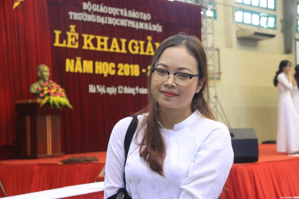 Nữ sinh T.P.T có mặt tại buổi lễ vinh danh những thủ khoa của Trường ĐH Sư phạm Hà Nội năm 2018. Ảnh: Thanh Hùng.